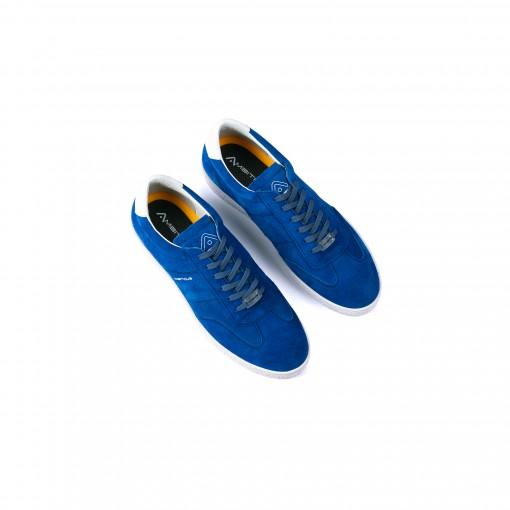 LITUS Lace Up Sneaker